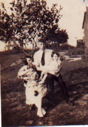 Janet & Chris1922.jpg