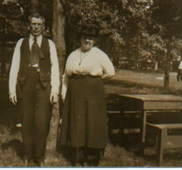 John & Clara 1918.jpg